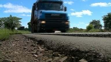 Más condições de rodovias atrasam o desenvolvimento de municípios gaúchos - Falta de manutenção e de pavimentação são os principais problemas