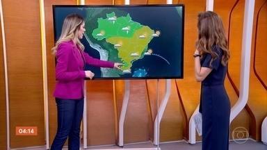 Previsão é de chuva no leste de MG nesta quinta-feira - Uma frente fria vai mandar áreas de instabilidade para o sul da Bahia também, onde pode chover. No litoral nordestino, a condição de chuva volta em algumas cidades.