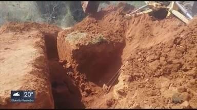 Homem é soterrado em obra e fica gravemente ferido em Pouso Alegre, MG - Homem é soterrado em obra e fica gravemente ferido em Pouso Alegre, MG