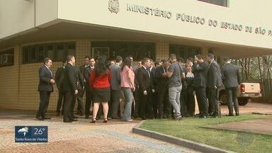 Promotores do Gaeco protestam contra 'lei de abuso de autoridade' em Ribeirão Preto - Manifestantes pediram que o presidente Jair Bolsonaro vete o projeto aprovado na Câmara.
