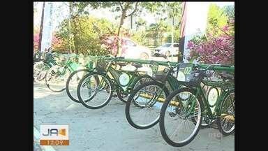 Bicicletas facilitam deslocamento de alunos e professores em universidade de Criciúma - Bicicletas facilitam deslocamento de alunos e professores em universidade de Criciúma