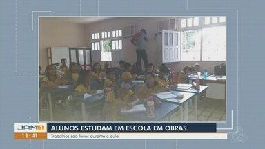 No AM, moradores denunciam obras em escola durante aula - Poeira prejudica alunos.