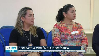 Programa quer agregar parceiros na luta contra a violência doméstica em Santarém - A Justiça de Santarém está promovendo ações de enfrentamento à violência contra a mulher.