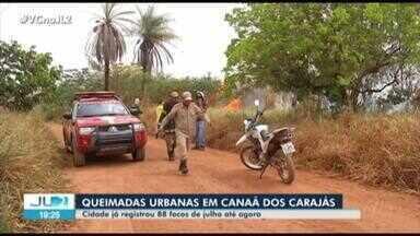 Área de vegetação rasteira pega fogo em área urbana de Canaã dos Carajás, no PA - Queimadas urbanas preocupam os órgãos ambientais e moradores.