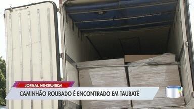 Carreta de caminhão roubado é encontrada na Dutra em Taubaté - Compartimento de carga foi encontrada no km 118 da rodovia. Veículo foi roubado na quarta (21) em Jacareí.