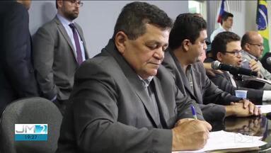 Prefeito que renunciou ao cargo em Açailândia é investigado por suspeita de desvios - Juscelino Oliveira deixou o cargo alegando problemas de saúde.