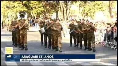 Araguari comemora 131 anos nesta quarta-feira (28) - Segundo a Prefeitura, aproximadamente de cinco mil pessoas assistiram o tradicional desfile cívico-militar, que contou com a participação de 60 instituições.
