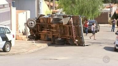 Motorista atropelado pelo próprio caminhão não tinha habilitação para dirigir veículo - O motorista de 23 anos que morreu atropelado pelo próprio caminhão nesta quarta-feira (28), em Itapetininga (SP), não era habilitado para dirigir o veículo.