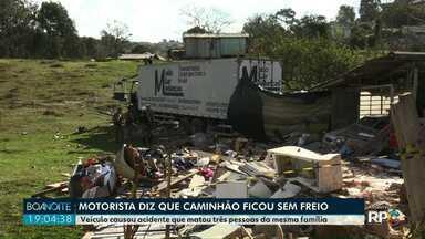 Motorista de caminhão que passou por cima de uma casa em Ponta Grossa presta depoimento - Veículo causou acidente que matou três pessoas da mesma família.