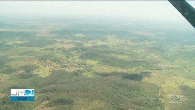 Exército sobrevoa terras indígena para mapear áreas com queimadas - Voo aconteceu na região tocantina para ver os locais com maior número de focos de incêndio.
