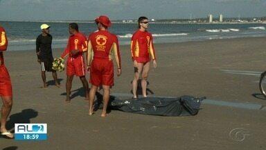 Corpo de adolescente que se afogou no mar do Sobral é encontrado - Pescadores localizaram o corpo no início da manhã.