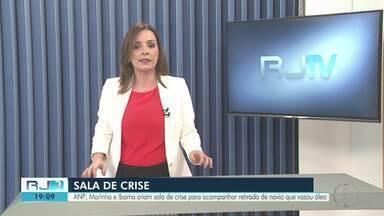 ANP, Marinha e Ibama criam sala de crise para acompanhar retirada de navio após vazar óleo - Trabalho vai fiscalizar andamento das ações na Bacia de Campos, no RJ