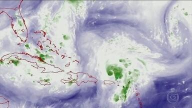 Furacão Dorian deve chegar à Flórida no fim de semana - Na quarta-feira (28), Dorian passou por Porto Rico sem provocar grandes prejuízos.