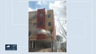 Incêndio atinge apartamento em Taguatinga - Moradores precisaram de atendimento do Corpo de Bombeiros.