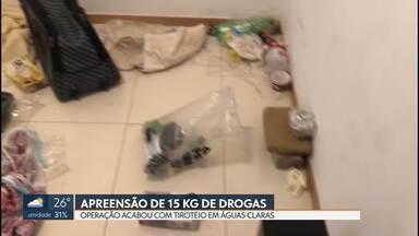 Polícia apreende 15 kg de drogas em laboratório clandestino - A polícia descobriu um laboratório de drogas clandestino, em Águas Claras. Dois suspeitos de tráfico foram identificados. Um foi preso e o outro fugiu.