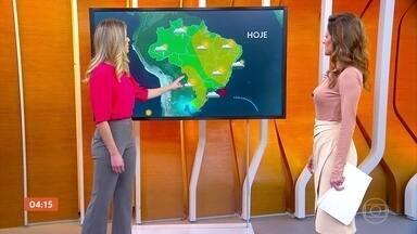 Semana começa com chuva no Sudeste e no Norte do país - Deve chover forte em parte do Norte, no Amazonas, no Acre, em parte de Roraima e de Rondônia.
