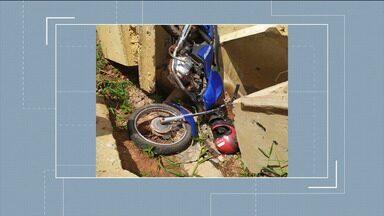 Morte de motociclista repercute no Vale do Pindaré - Motociclista caiu no lugar onde deveria ter uma ponte numa rodovia estadual na região do Vale do Pindaré.