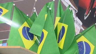 Armarinhos se preparam para comemorações da Independência do Brasil - Desfiles cívicos acontecem neste mês de setembro.
