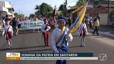 Estudantes participam de 2º dia de desfiles da Semana da Pátria, em Santarém - Nesta segunda (2), os desfiles foram na grande área da Prainha.