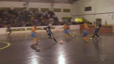 Confira como foram as finais do sub-17 e 18 da Taça Regional Tribuna Esporte de Futsal - Veja os gols e principais lances das duas decisões.