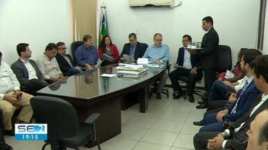 Governador se reuniu com empresas interessadas em elaborar estudos sobre a Deso - Empresas querem elaborar os estudos dos serviços de fornecimento de água e esgotamento sanitário nos municípios operados pela Deso.