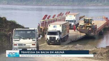 Redução do nível do rio Madeira faz empresa responsável pela balsa aumentar segurança - Empresa responsável pela travessia de balsa no rio na região de Abunã precisou tomar medidas de segurança devido o baixo nível do rio