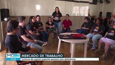 Vagas para pessoas com deficiência estão abertas em Minas Gerais - Empresas dizem ter dificuldades para encontrar profissionais.