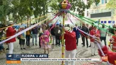 Evento reúne artesãos na Praça XV de Novembro, em Florianópolis, durante a Fenaostra - Evento reúne artesãos na Praça XV de Novembro, em Florianópolis, durante a Fenaostra
