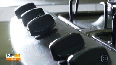 Saiba como é possível fazer a manutenção e a limpeza de fogões - Profissional explica que sujeita pode compromete o funcionamento do eletrodoméstico.