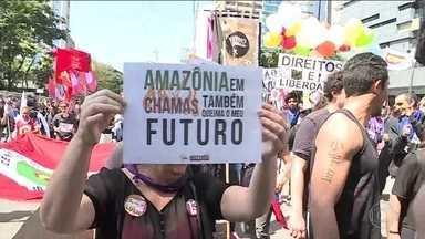 Algumas cidades do Brasil tiveram protestos no Sete de Setembro - No Rio, os manifestantes pediram a preservação da Amazônia. Em São Paulo, o protesto também foi contra os cortes na educação.