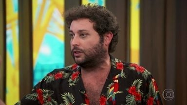 Pedroca Monteiro revela sonho de ser ator mirim e fala sobre estreia em novelas - No ano passado, Pedroca integrou o elenco da novela Espelho da Vida e garante que a experiência foi maravilhosa