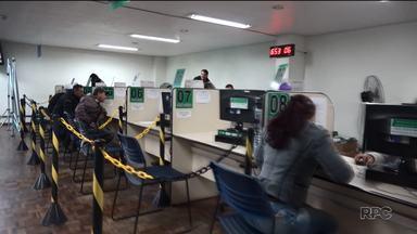 Paranaenses em busca de um emprego com carteira assinada - O Bom dia Paraná mostra uma série de reportagens que mostra como está essa realidade e conta histórias de quem batalha todos os dias pra voltar a ter um salário fixo