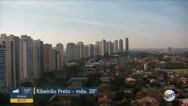 Confira a previsão do tempo para esta quinta-feira (12) em Ribeirão Preto - Temperatura chega a 38° C.