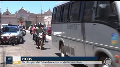Fiscalização eletrônica deve evitar acidentes em Picos - Fiscalização eletrônica deve evitar acidentes em Picos