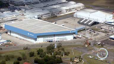 Embraer propõe congelar salário dos trabalhadores de S. José, diz sindicato - Informação foi divulgada pelo Sindicato dos Metalúrgicos.