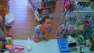 Polícia ouve testemunhas no caso da jovem morta ao sair para comprar fraldas para a filha - Após perícia, a presença do marido da vítima foi descartada do local do crime, em Alumínio, São Paulo.