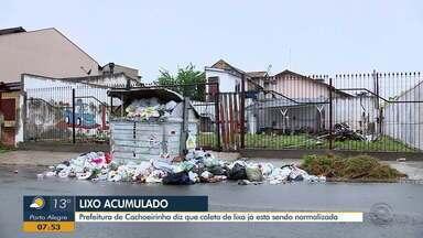 Prefeitura de Cachoeirinha diz que coleta de lixo está sendo normalizada - Contêineres de lixo estão transbordando.