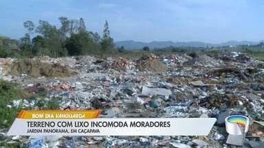 Terreno com lixo incomoda moradores no Jardim Panorama em Caçapava - Local é alvo de reclamações no bairro.