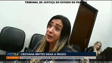 Cristiana Brittes deixa a prisão - Ela foi liberada após uma decisão da Justiça.