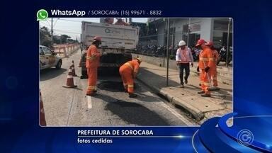 Buracos são tapados na avenida Itavuvu em Sorocaba - O TEM Notícias mostrou na sexta-feira reclamação do Jairo dos Santos. Ele registrou um buraco imenso na avenida Itavuvu, em um trecho onde estão sendo feitas obras para a implantação do BRT.