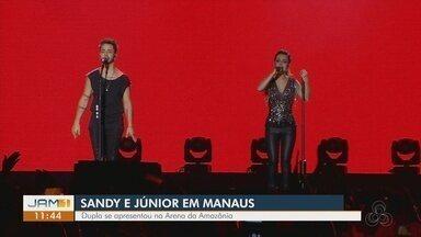 Milhares de pessoas acompanham show da turnê 'Nossa história' em Manaus - Apresentação da dupla andy e Junior na capital do Amazonas ocorreu nesta sexta-feira (13) na Arena da Amazônia.