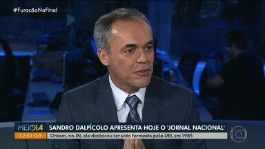 Sandro Dalpícolo apresenta o Jornal Nacional neste sábado (14) - A apresentação faz parte das comemorações de 50 anos do JN. Ontem, no Jornal Nacional, ele destacou ter sido formado pela UEL em 1985.