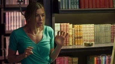 Paloma pede que o assaltante não machuque Alberto - O empresário concorda em abrir o cofre