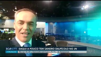 Sandro Dalpícolo se prepara para apresentar o Jornal Nacional - Apresentador do Boa Noite Paraná enviou um vídeo direto dos estúdios do telejornal.