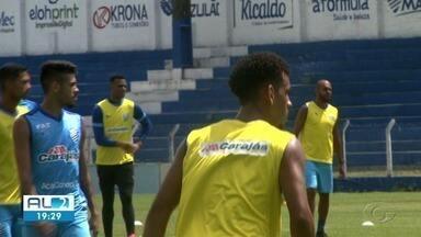 CSA se prepara para enfrentar o São Paulo no Morumbi - Time treinou hoje no CT do Palmeiras.