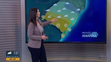 Temperaturas sobem um pouco nesta quarta-feira (18) e chuva deve diminuir - Assista ao vídeo.
