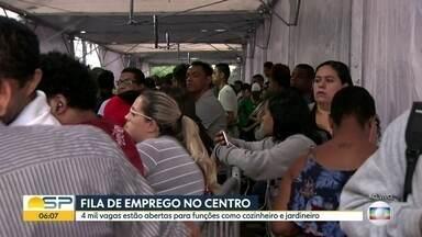 Bom Dia SP - Edição de terça-feira, 17/09/2019 - Homem leva oito tiros após briga em bar na cidade de São Paulo. Candidatos ficam 12 horas em fila de emprego no centro da cidade. Foram encerrados os contratos de 37 médicos que atendiam em Unidades Básicas de Saúde.