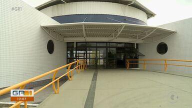 Reforma da biblioteca municipal de Petrolina ainda não foi concluída - Em junho deste ano, a prefeitura tinha dado um prazo de 90 dias para a conclusão da obra, o que não aconteceu.