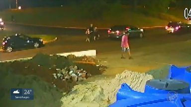Ladrões usam semáforos para assaltar motoristas em Ribeirão Preto - Criminosos aproveitam vidros abaixados e tempo que vítimas passam paradas por causa da sinalização. Último caso foi registrado na segunda-feira (16), na Vila Tibério.