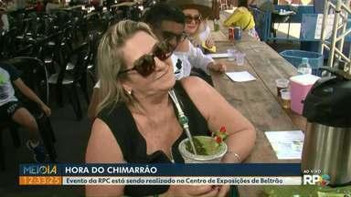 Hora do Chimarrão leva moradores para matear no Centro de Exposições de Francisco Beltrão - Além de atrações culturais, foram oferecidos serviços de saúde para os visitantes.